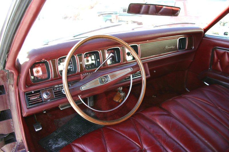 1969 Continental Mark III dash