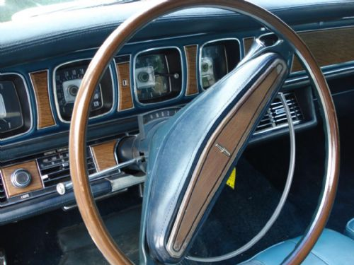 1969 Continental Mark III steering wheel
