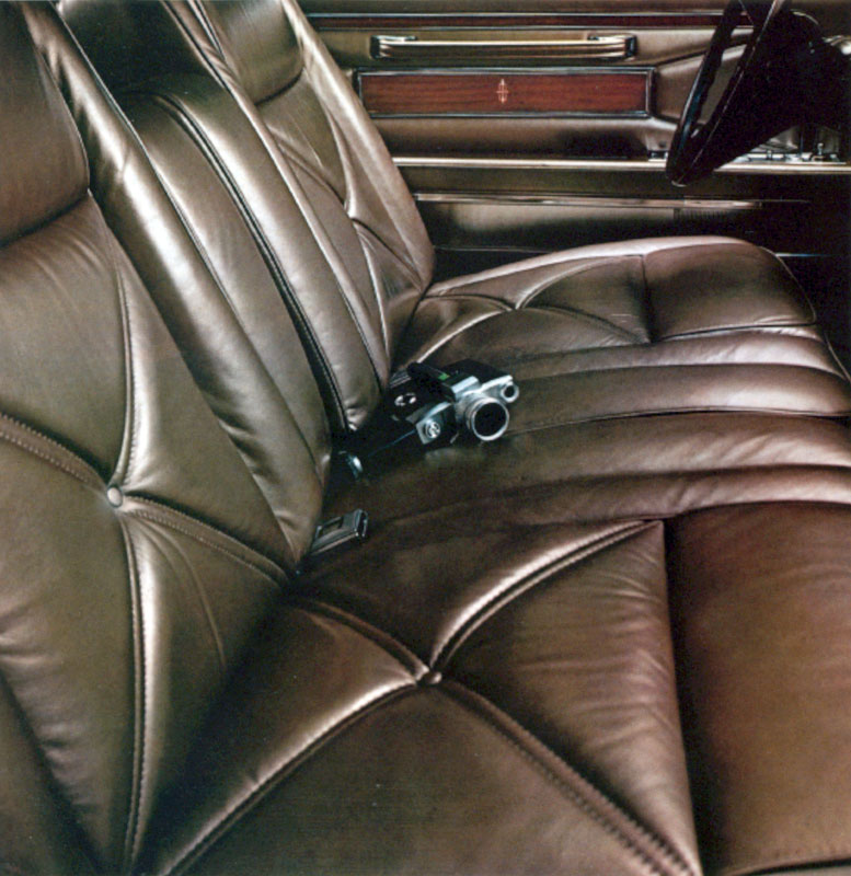 1970 Continental Mark III leather interior