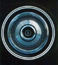 1970 Continental Mark III hubcap