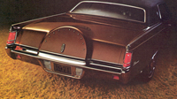 1971 Continental Mark III decklid tire hump