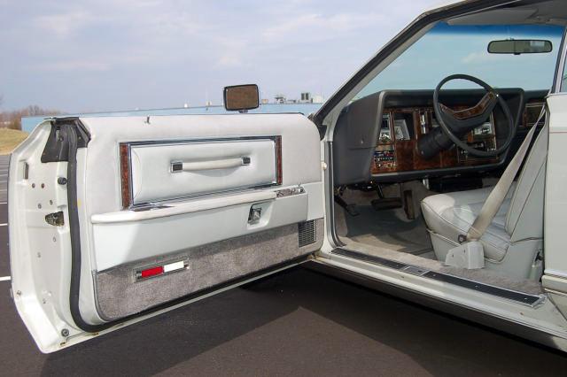 1977 Continental Mark V Cartier door panel w/leather interior