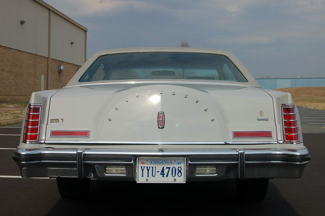 1977 Continental Mark V Cartier w/Cartier logotype on decklid