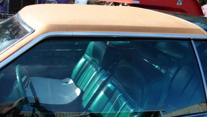 1977 Continental Mark V Givenchy front half vinyl roof in chamois