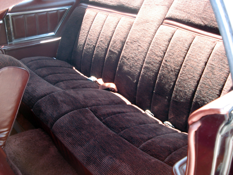 1978 Continental Mark V Bill Blass w/ultravelour cloth interior in Cordovan