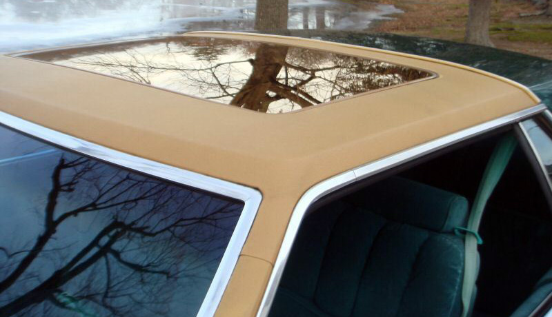 1978 Continental Mark V Givenchy w/optional Moonroof