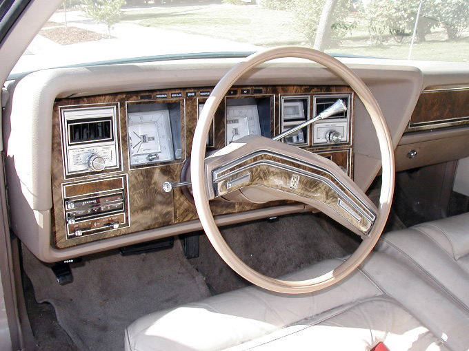 1979 Continental Mark V Cartier interior w/champagne leather