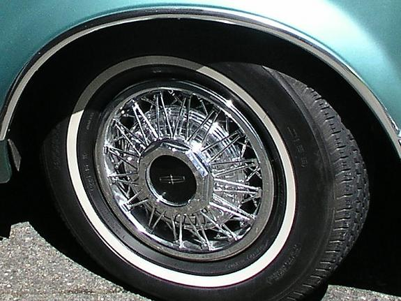 1979 Continental Mark V Pucci lacy spoke wheels