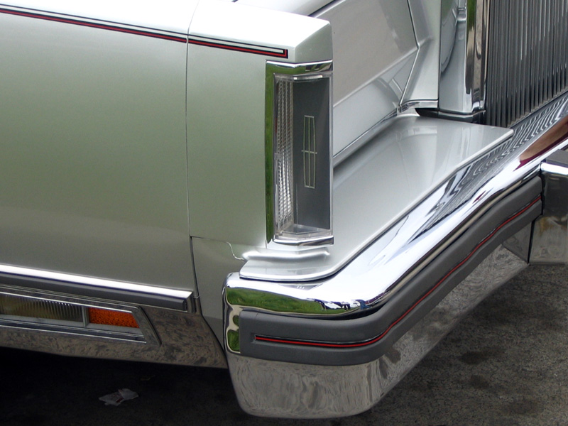 1980 Continental Mark VI Signature Series in Silver w/color keyed parking light lens