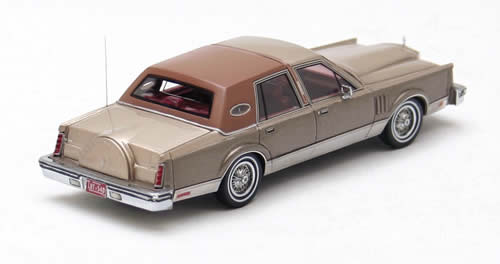 Neo / American Excellence 1980 Continental Mark VI Sedan 1:43